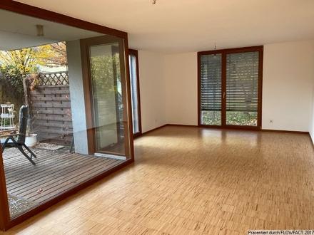 Moderne 4,5 ZW. mit Garten, Terrasse und Stellplatz in Esslingen!