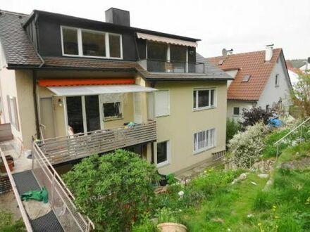 3-Familien-Haus mit Doppelgarage und schönem Garten in der Stadtmitte