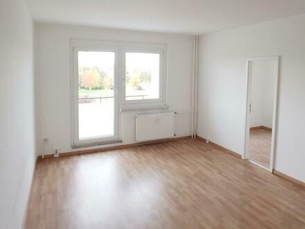 Willkommen in Ihrer neuen 3 Zimmer Wohnung mit Balkon! + 500 EUR Gutschein geschenkt*