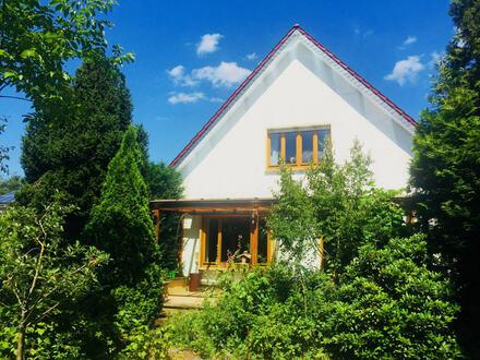 Für die große Familie! Ruhig gelegenes Einfamilienhaus mit Einliegerwohnung in Bielefeld-Ummeln