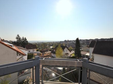 Wohnen wie im eigenen Haus! Außergewöhnliche 3,5-Zimmer-Maisonette-Wohnung in Zornheim