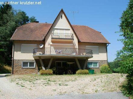 Herrenhaus mit Natursicht-Terrasse