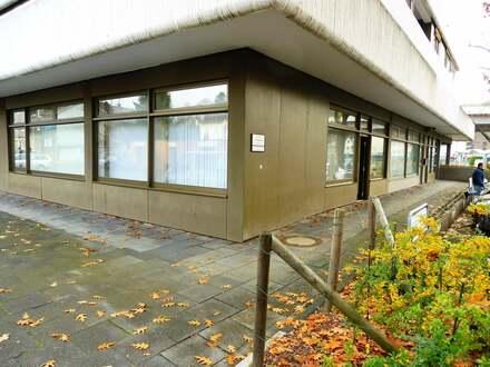 Vermietete Praxisräume mit Tiefgaragenstellplatz und 2 Stellplätzen in zentraler Lage in Geisweid