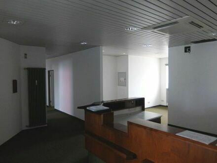 26_VB3473 Helle Praxis- oder Bürofläche / Neutraubling