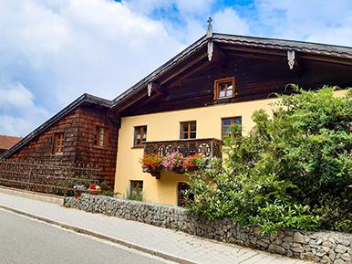 Liebevoll renoviertes Bauernhaus im Herzen Bayerns