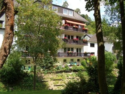 Attraktive 2- Zimmer ETW in ruhiger, idyllischer Lage am Bachlauf in Bad Schwalbach OT