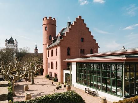 Burg Crass /Rheingau Veranstaltungsgastronomie und Hotel zu verpachten