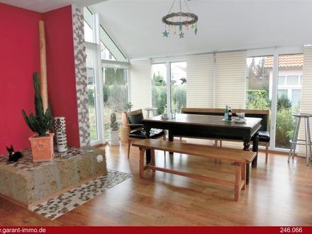 Individuelles Einfamilienhaus mit Garten und Terrasse!