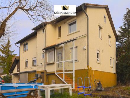 Großzügiges Zweifamilienhaus mit zwei Garagen in ruhiger Lage von Uhingen