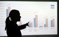 Karriere: Wie Frauen geschickt ein gerechtes Gehalt verhandeln können