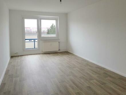 Großzügige 4-Raum-Wohnung mit Balkon!