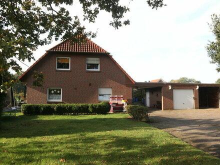 Kapitalanlage: DHH mit gr. Grundstück, Garage & Carport nahe Hirschtor