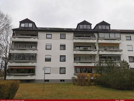 Große 3 Zimmer-Wohnung mit Balkon in Augsburg!