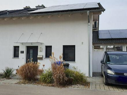 neuwertige, ansprechende u. moderne DHH m. Einzelgarage, Carport u. Garten in solider Wohnlage in Mehring-Öd