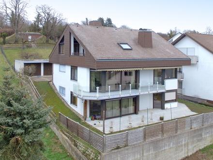 Lichtdurchflutetes Einfamilienhaus in aussichtsreicher Südwestlage