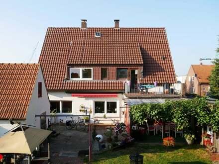 Viel Platz für Ihre Wünsche - Großzügiges Mehrgenerationshaus mit Weserblick in Lemwerder