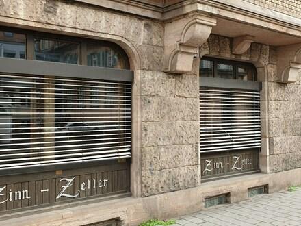 """Multifunktionale Büro-/Ladenfläche mit 3 großen Schaufenstern in der Innenstadt, Nähe """"Neuer Markt"""""""