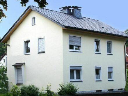 Gepflegtes 2-Familien-Haus