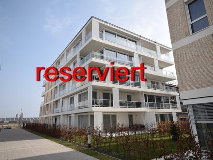 Im 1. Monat mietfrei ! Neuwertige Wohnung mit Wasserblick in Südlage in der Überseestadt