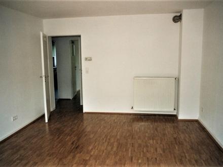 Wohnen im Hotspot: 2-Zimmer-Wohnung mit Balkon im Frankfurter Nordend