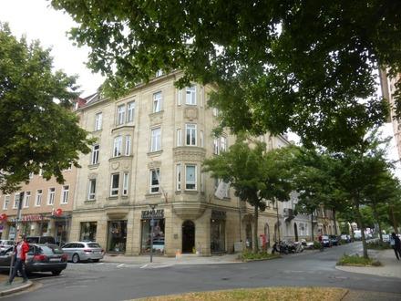 4 Zimmer Wohnung- Stilvoll und barrierefreies Wohnen im Jugendstilhaus in Bayreuth - City