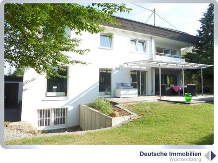 Smart Living! Exklusives 1-2 Familienhaus in Kirchentellinsfurt