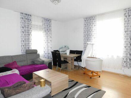 *Großzügig geschnittene 3 Zimmer-Erdgeschoss-Wohnung in Backnang*