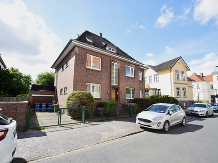 Charmante Altbauwohnung mit Blick ins Grüne im Gertrudenviertel!