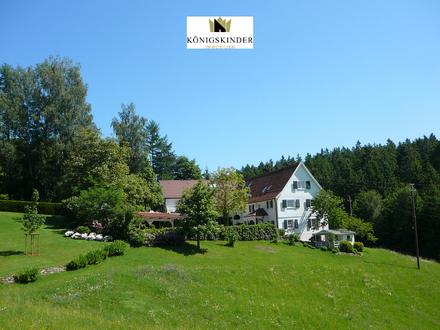 Exklusives Landhaus für die Familie oder Mehrgenerationenwohnen mit optional bebaubaren Grundstücken