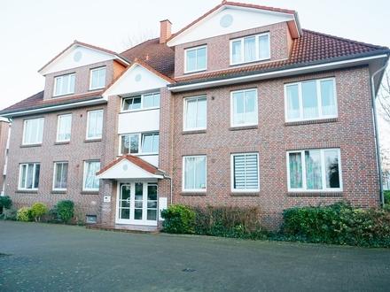 Gepflegte 2 ZKB Wohnung mit Balkon in der Kolberger Straße!
