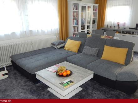 Modern renovierte 2 Zimmer-Wohnung mit Garten und Stellplatz