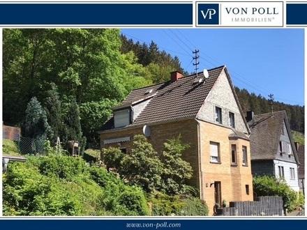 Charmantes Wohnhaus in schöner Aussichtslage mit Potential