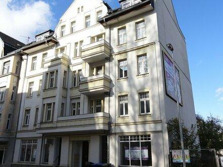 Hübsche Zweiraumwohnung mit Balkon preiswert zu vermieten!