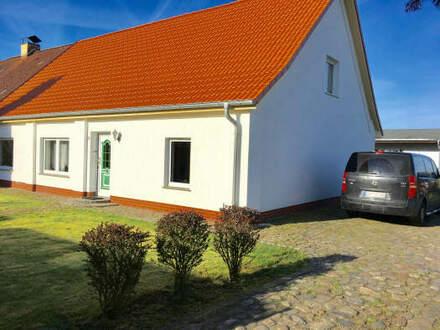 """Topgepflegtes und familienfreundliches Haus im """"Speckgürtel"""" von Rostock"""