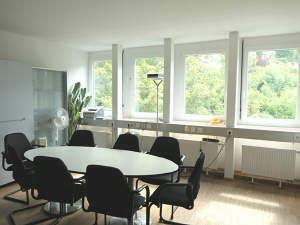 Eine hochwertige Büroetage für Sie allein - mit Blick über Stuttgart