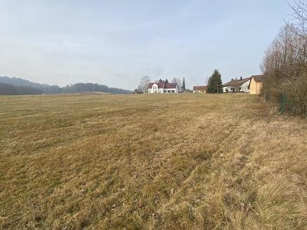 Wunderschönes Baugrundstück - in ländlicher Lage !!!!