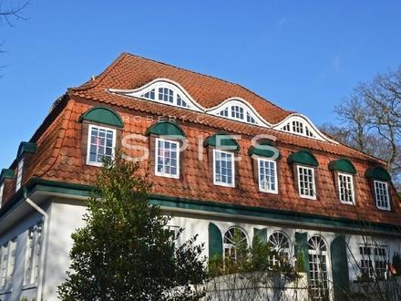 Charmante Altbaudachgeschosswohnung in schöner Lage von Lesum