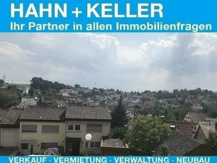 Aussicht über Scharnhausen genießen - Renovierungsbedürftige 4 1/2 Zi. Whg. mit Balkon und Garage!