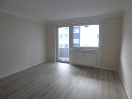 wunderbar modernisierte 3-Zimmer-Wohnung im 1. Obergeschoss