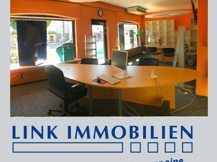 Nellingen: Gr. Schaufensterfläche - Reisebüro/ Verkaufsfläche/ Einzelhandel/ Büro uvm.
