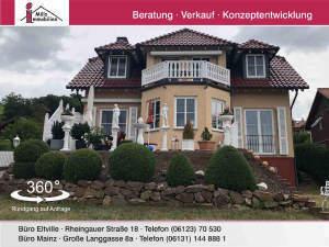 Tolles freistehendes Haus in Villenstil mit großem Garten in Naturnaher Lage