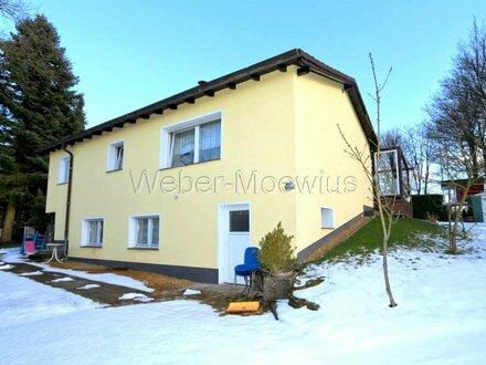 KURPARKNÄHE: Modernisiertes Wohnhaus mit 2 Terrassen, großem Garten + Garage / Einliegerwhg. möglich