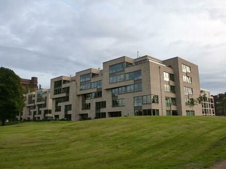 Helle Drei-Zimmer Wohnung mit Balkon am Stadtwerder