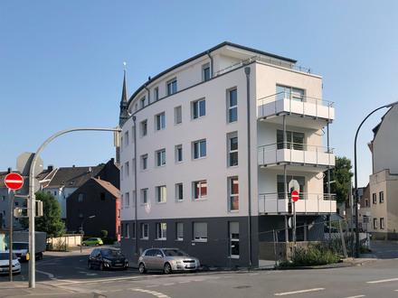 Viel Raum zum Wohlfühlen = Neubau-Eigentumswohnung im 2.OG mit großem Balkon und Aufzug