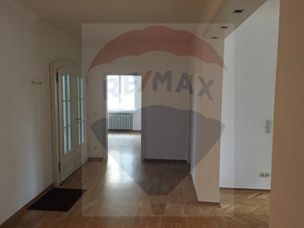 In Bünde - 5 einzelne Büroräume zur Vermietung!
