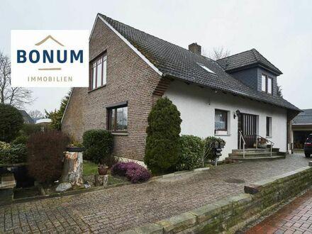 Freistehendes, familienfreundliches Haus in ruhiger Lage mit Doppelgarage