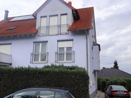Großzügige Doppelhaushälfte mit Süd-/Westterrasse und Garage