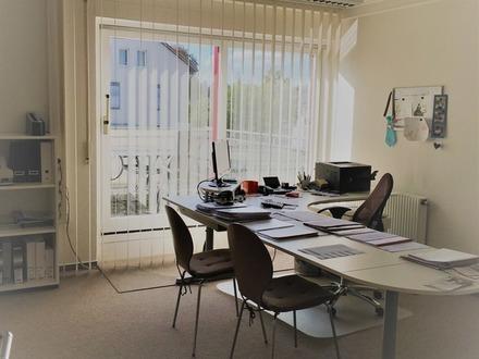 Gepflegtes Büro zu einem sehr fairen Preis!!!