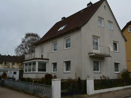 Freistehendes Zweifamilienhaus mit 3 Wohnungen für die große Familie