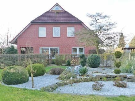 Idyllische Dorflage! Sehr gepflegtes Haus mit großem Grundstück in Großefehn